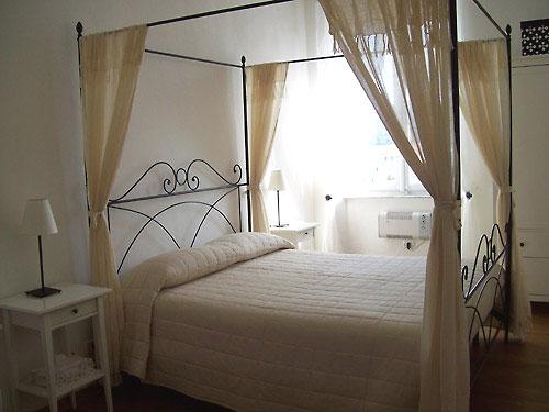 bed und breakfast im zentrum von portoferraio auf der. Black Bedroom Furniture Sets. Home Design Ideas